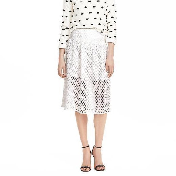 Banana Republic Dresses & Skirts - Banana Republic White Lace Geo Skirt 4